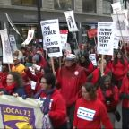 Chicago Teachers Strike: Thousands of teachers picket lines for 2nd day but no deal reached; CPS classes remain canceled