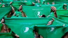 Debate por la legalización del aborto en Argentina: la polémica sobre la cifra de mujeres muertas