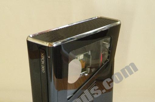 New Xbox 360 shows up in the wild, gets unboxed, torn asunder and modded