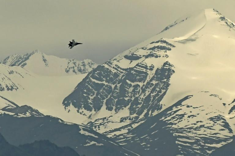 Indian jets are regularly taking off from a military base in Leh (AFP Photo/Tauseef MUSTAFA)