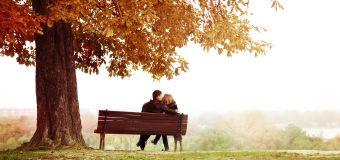 Comment l'automne joue sur votre vie sexuelle