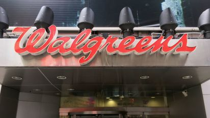 Walgreens, Microsoft to develop health care services