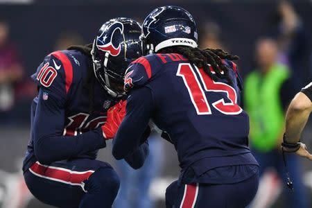2fa52588e75 NFL notebook: Texans WR Fuller suffers season-ending knee injury
