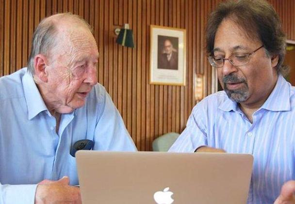 Higgs boson pioneers are knighted by the Queen