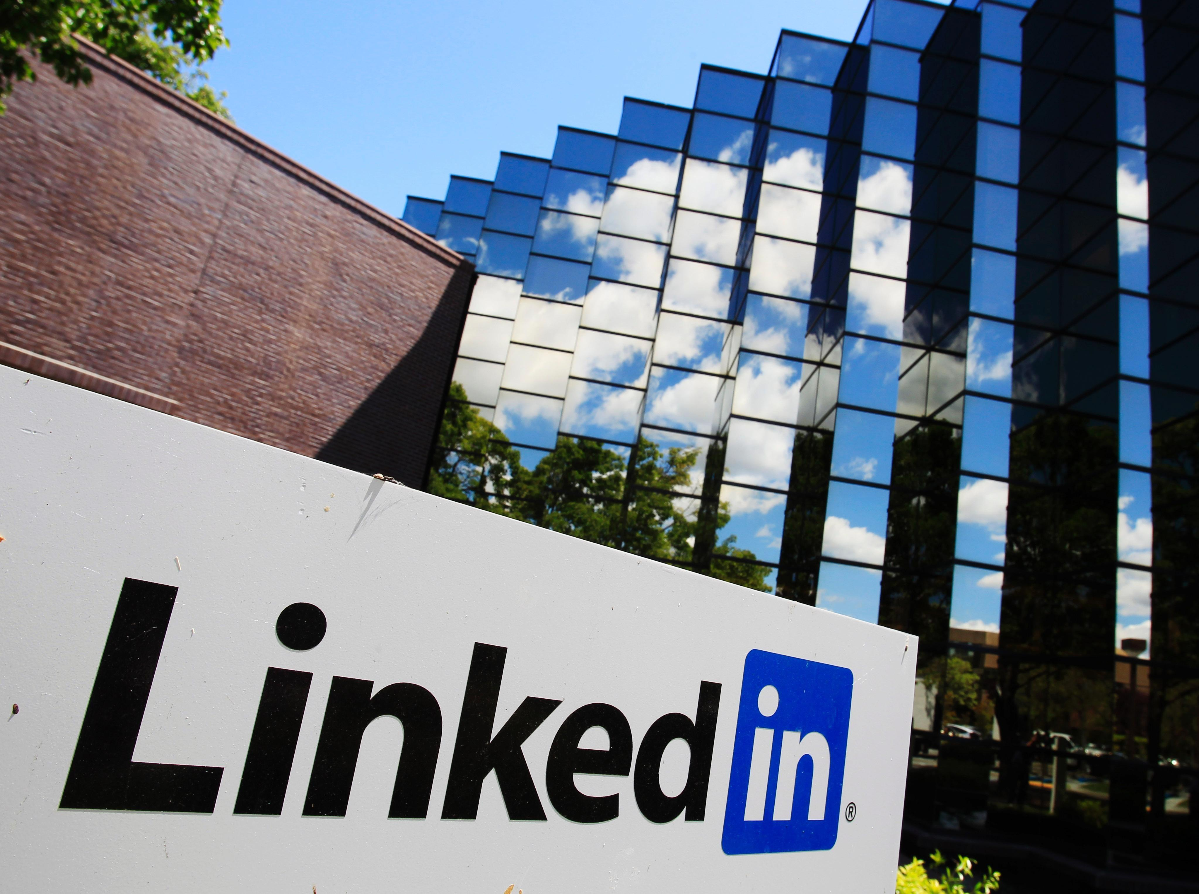 16 Things You Re Doing All Wrong On Linkedin