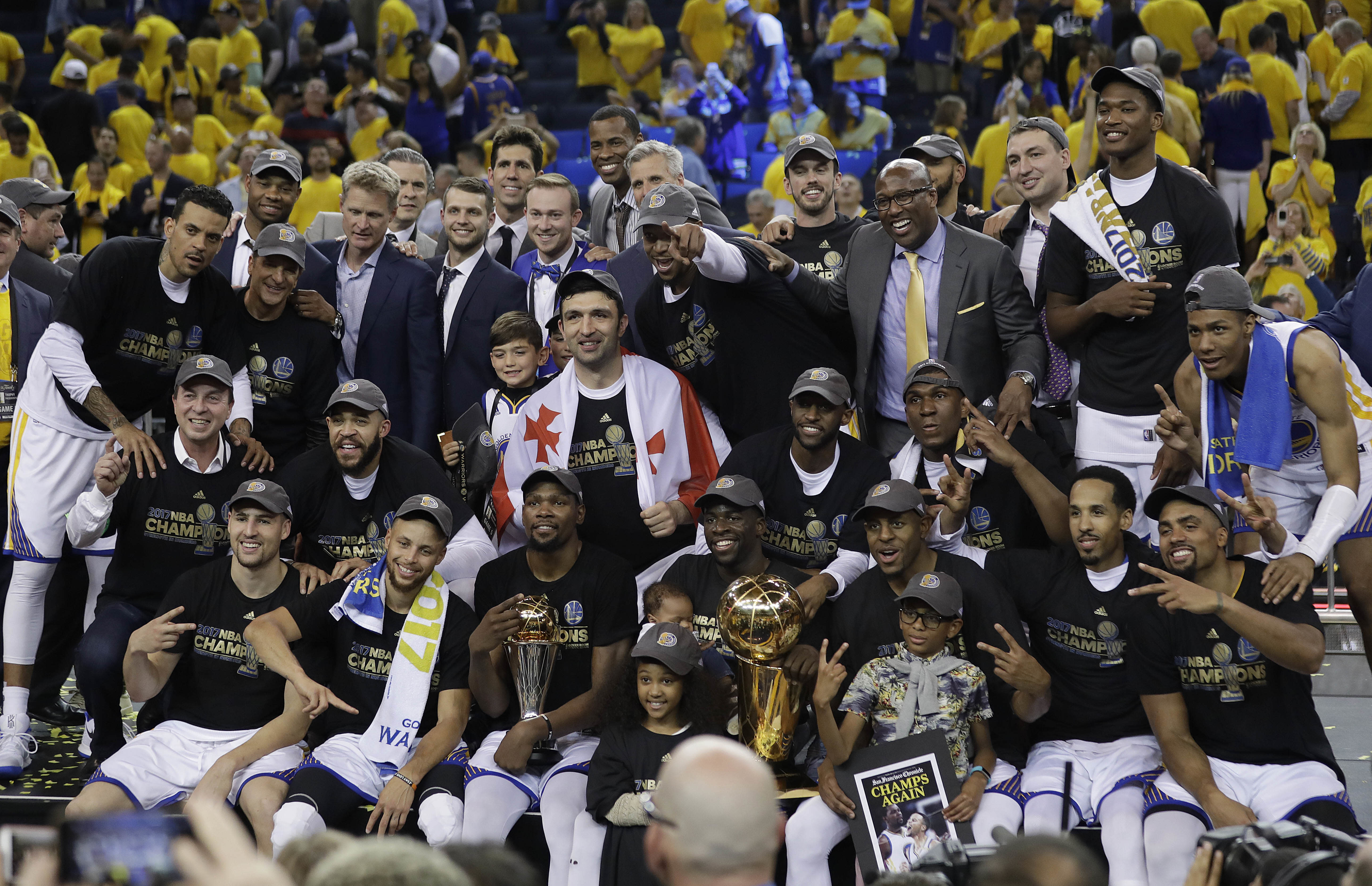 37914548d85a ... LeBron s legacy is as intact as Jordan s. Warriors  Championship Win  Sees NBA Finals Ratings Hit Game 5 19-Yr High