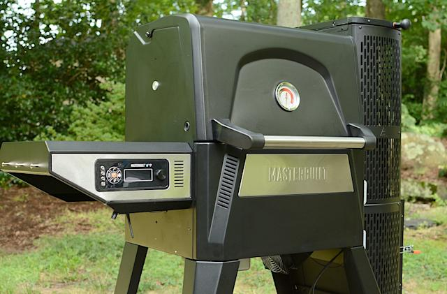 Masterbuilt Gravity Series 560 review: A versatile smart charcoal grill