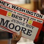 Alabama Senate Race 2017: Polls, Issues and What to Watch For As Roy Moore, Doug Jones Face Off in Vital Election