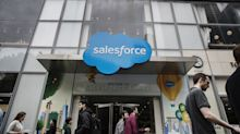 Salesforce Projects Revenue That Tops Analysts' Estimates