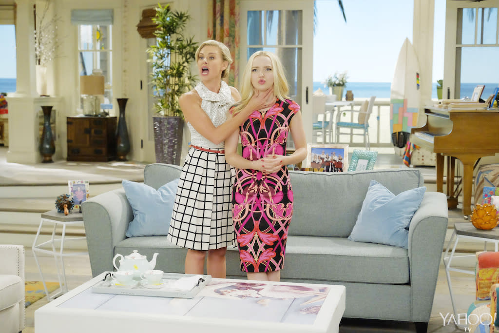 Liv And Maddie Cali Style First Look Pics Living The Dream