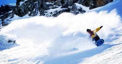 Ski - Le ski et le snowboard de printemps, c'est bon pour le sourire