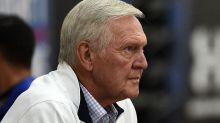 Report: Clippers trying to lure Jerry West away from the rival Warriors