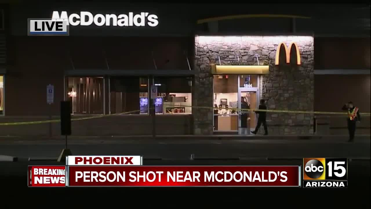 Man seriously hurt in shooting near Phoenix McDonald's [Video]