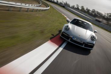 內燃動力將不絕跡!Porsche與Siemens Energy合作開發e-fuel合成燃料