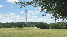 U.S. oil firms use shale know-how to revitalise old oilfields