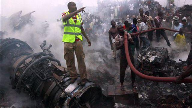 At least 147 dead after plane crashes in Lagos, Nigeria