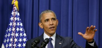 Obama warns Democrats to 'stay worried' about Trump