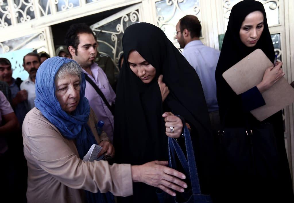 Iranlan wife, physical sexhot girl