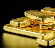 Bitcoin Rally Stalls as Increasingly Correlated Gold Drops Below $2K
