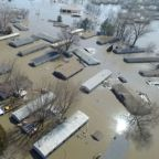 Missouri River flooding forces evacuation of 7,500 from waterfront city
