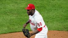 Phillies clear out 'pen, decline options on Neris, Phelps