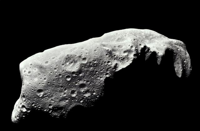 The wreckage of a few ancient planets formed the asteroid belt