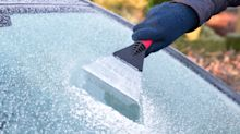 How to correctly de-ice your car this winter