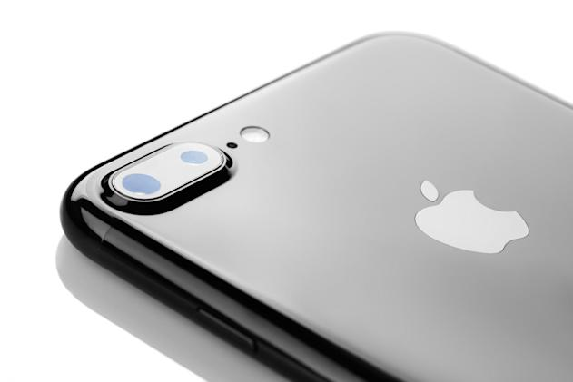Apple's 2019 iPhone could have a rear-facing 3D sensor