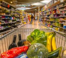 Online Grocery Sales Set to Hit New High This Year: 4 Winners
