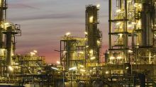 Will Motor Oil (Hellas) Corinth Refineries SA's (ATH:MOH) Earnings Grow In The Year Ahead?