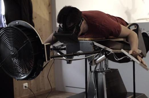 Fly like a bird with this VR-powered, scent-emitting machine