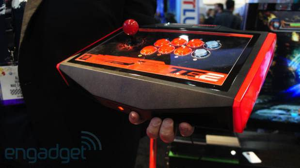 Mad Catz Arcade Fightstick for Xbox One eyes-on (video)