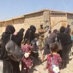 Families Displaced From Tal Afar as Iraqi Forces Begin Operation Against Islamic State