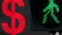 Dólar toca máximos de un año por impacto de crisis turca en el euro