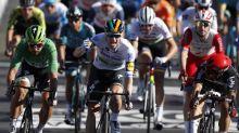 Sam Bennett, más rápido que el viento en la Isla de Ré; Roglic sigue líder