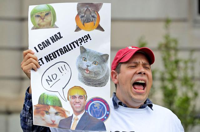 Anti-net neutrality bots are swarming the FCC's comments