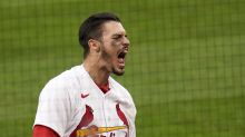 Arenado's late HR lifts Cards over Brewers in home debut