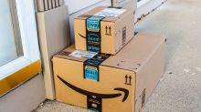 Estafan casi 400.000 dólares a Amazon con paquetes llenos de tierra