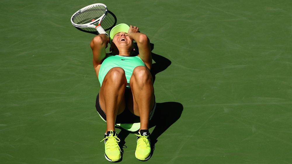 Indefatigable Vesnina wins marathon Indian Wells final