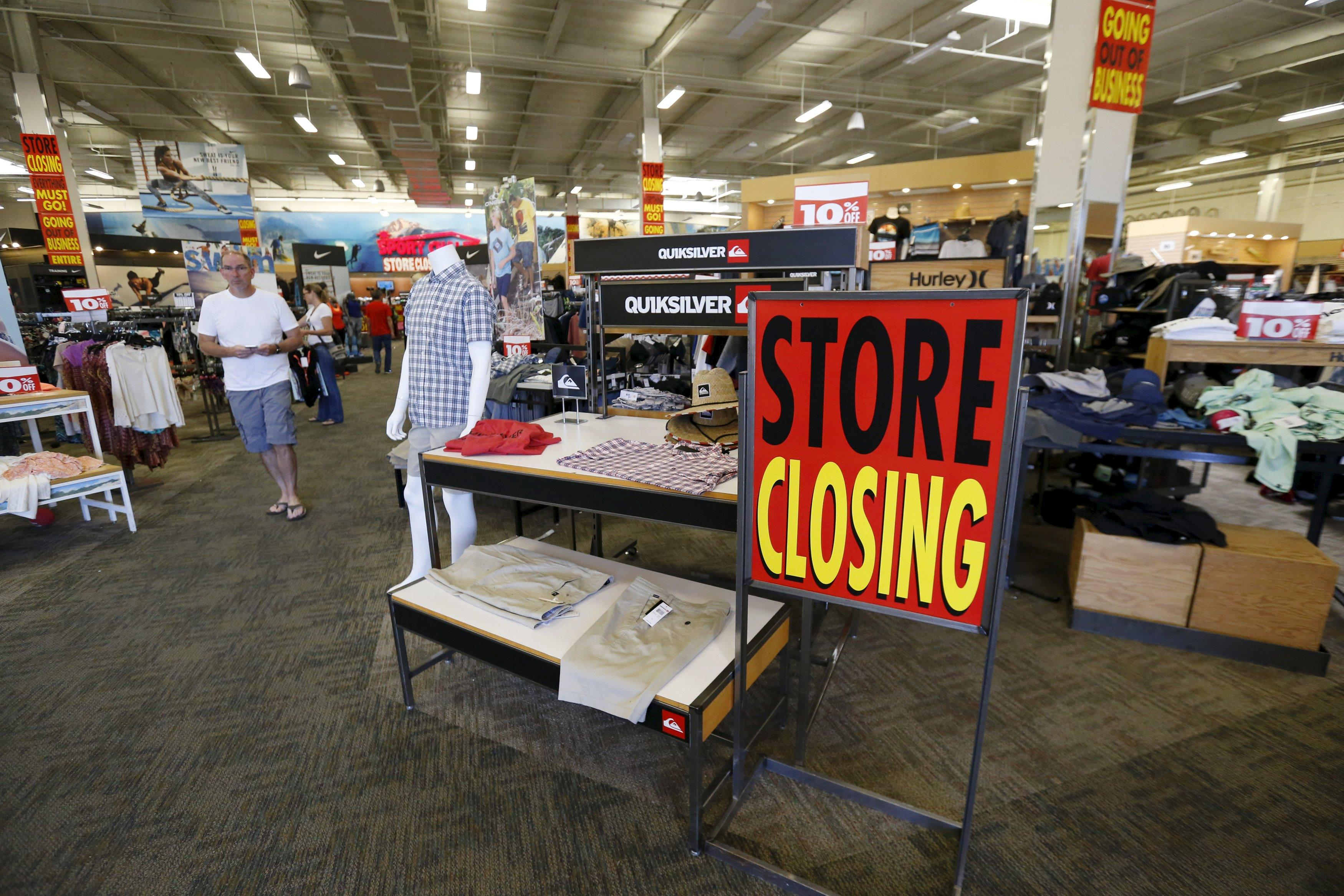 80,000 more retail stores could close by 2025