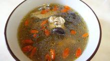 【湯水】蒜頭香菇雞湯