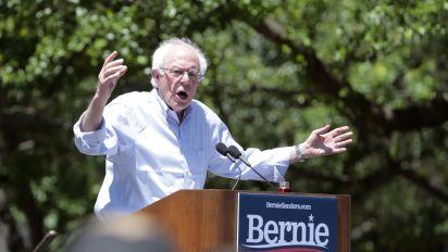 Bernie Sanders heads to Walmart's annual meeting