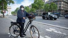 Vélos:un autoentrepreneur fait de la réparation à domicile