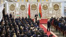 Lukashenko toma posse em cerimônia secreta em meio a protestos em Belarus