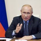 Russia clears virus vaccine despite scientific skepticism