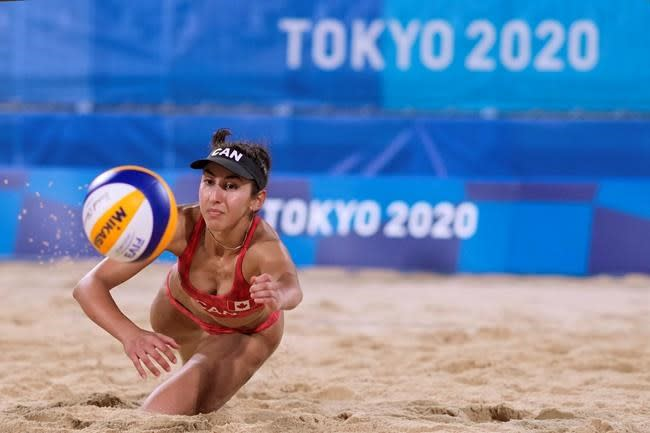 Canada crashes out of Olympic beach volleyball tournament in stunning fashion