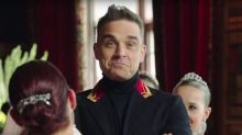 Russians blast Robbie Williams for crude stereotyping