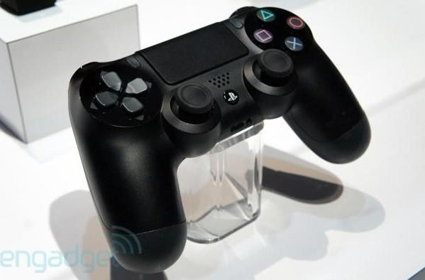 Sony's PlayStation 4 DualShock 4 controller and Eye found at GDC 2013, we go eyes-on