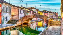 Vacanze: Comacchio, 4 motivi per visitarla