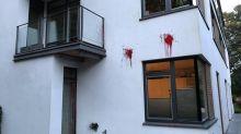 Farbbeutel-Attacke auf Haus des AfD-Bundestagsabgeordneten Baumann
